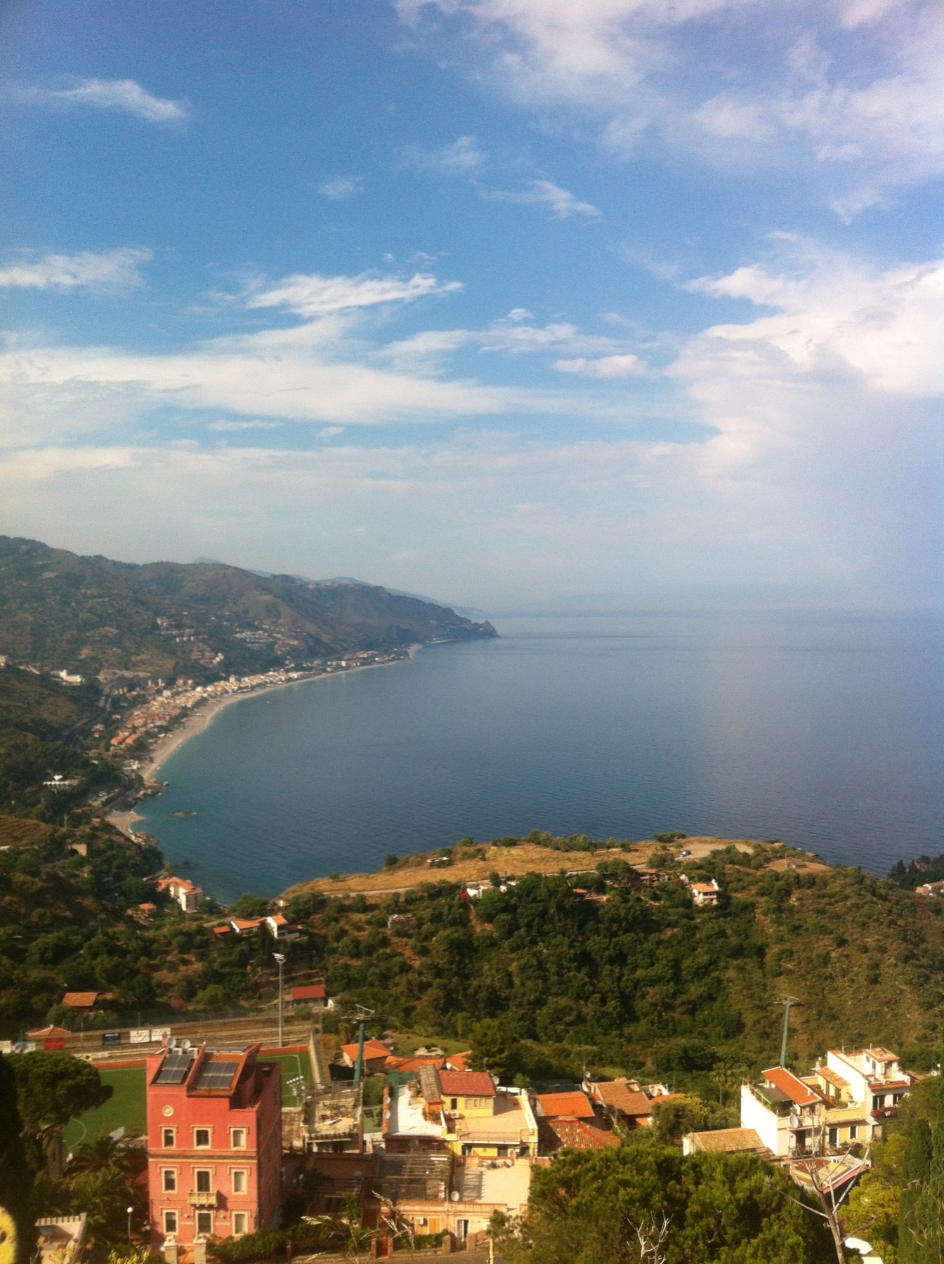 Sicilian Dolce Vita: Charlotte Austin