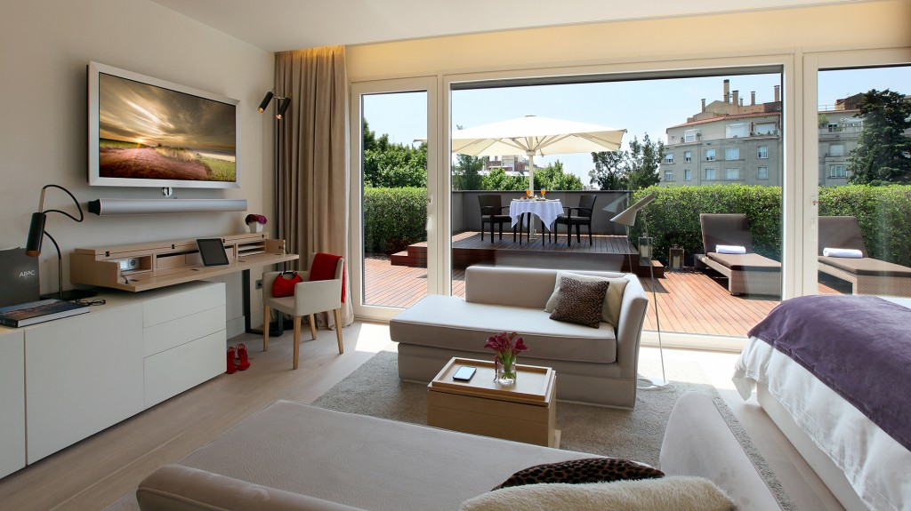 ABaC Penthouse Suite
