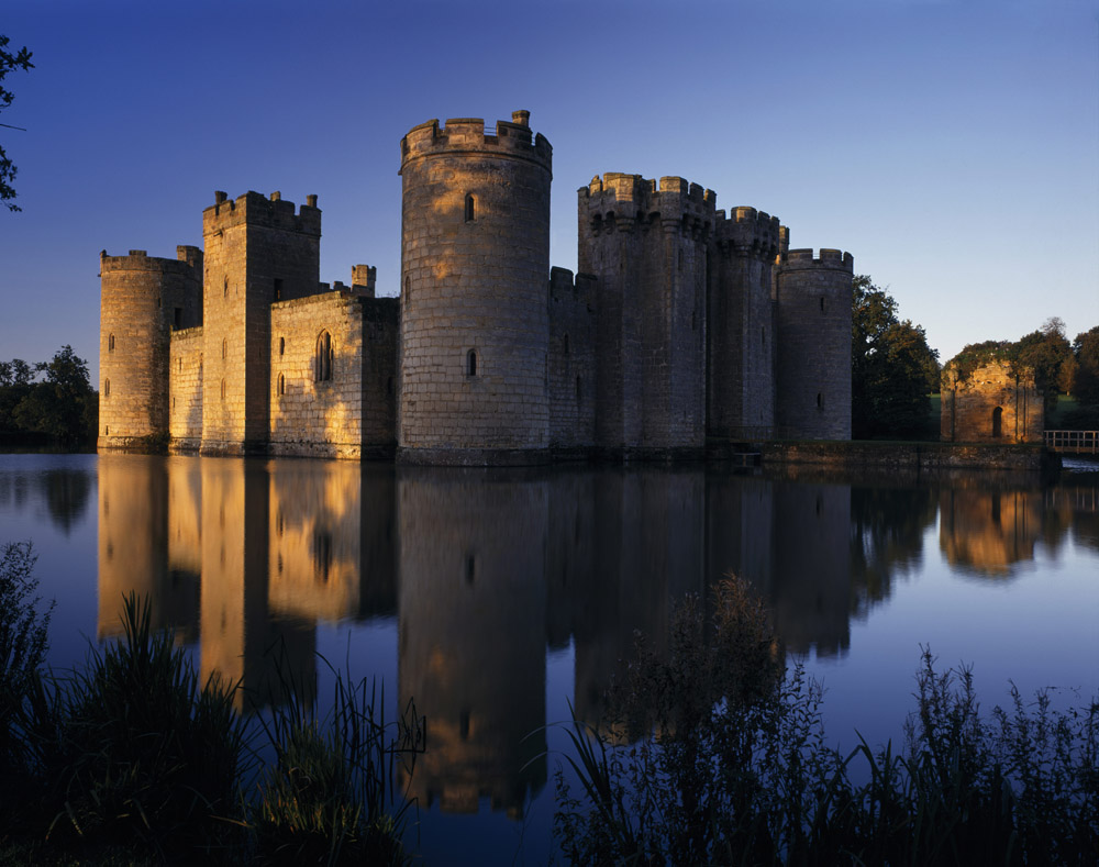Bodiam-evening-®National-Trust-Images-Andrew-Butler