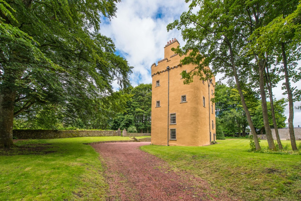 Cranshaws Castle, The Scottish Borders | Astonishing Holiday Rentals Around The World