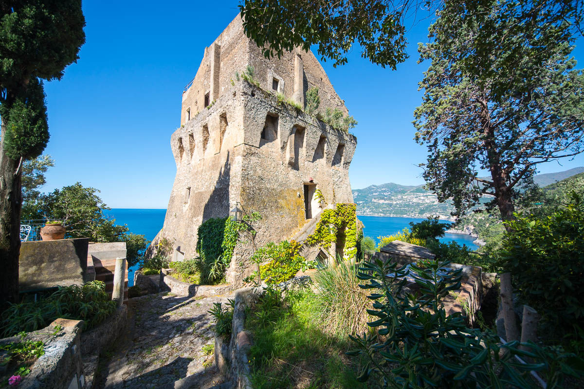 La Torre, Amalfi Coast, Italy | Astonishing Holiday Rentals Around The World | ultravilla.com