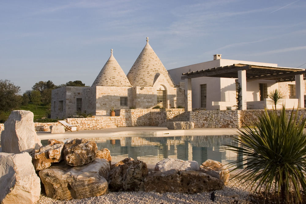Traditional Trulli Rental- Masseria Apulia, Puglia, Italy | Astonishing Holiday Rentals Around The World | Part II | www.i-escape.com