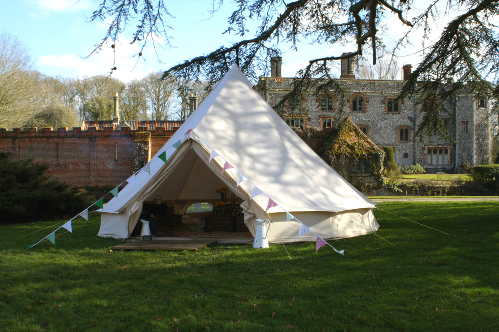 Top 10 Glampsites For Two | Glamping à Deux- the UK's Most Romantic Spots from the Experts at www.coolcamping.co.uk | Ambers Bell Tent Camping