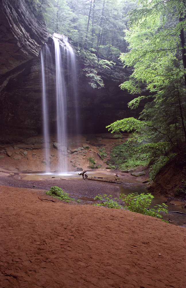 20 Unbelievable Off-the-Grids Getaways | Part II | Ohio's Hocking Hills | www.explorehockinghills.com/stateparks/
