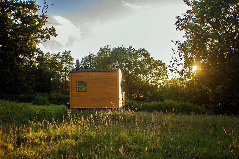 Top 10 Glampsites For Two | Glamping à Deux- the UK's Most Romantic Spots from the Experts at www.coolcamping.co.uk | Mill House Farm