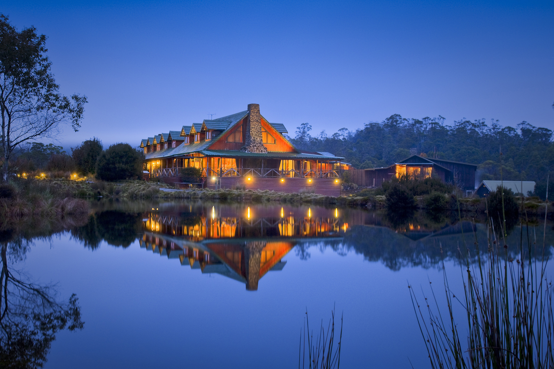 20 Unbelievable Off-the-Grids Getaways | Part I | Cradle Mountain Eco Lodging | www.peppers.com.au/cradle-mountain-lodge/