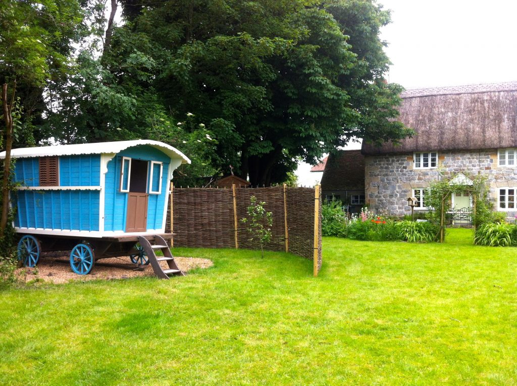 Top 10 Glampsites For Two | Glamping à Deux- the UK's Most Romantic Spots from the Experts at www.coolcamping.co.uk | White Horse Gypsy Caravans