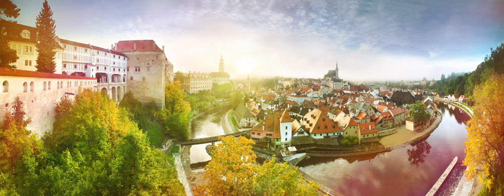 14 Picture Perfect European Towns | Český Krumlov - Czech Republic | Photographer: Ales Motejl