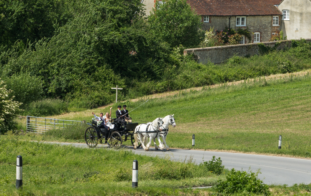 A Most Romantic Interlude Aboard A Horse Drawn Carriage   The Horse Drawn Carriage Company