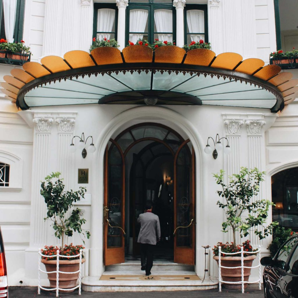Hotel Santa Caterina | The Grand Entrance