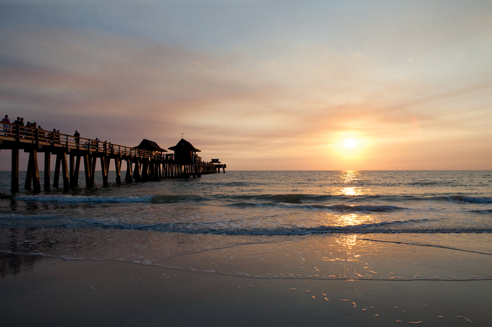 8 Instagramable Spots In Florida | Sunset at Naples Pier | © Naples Marco Island Everglades CVB