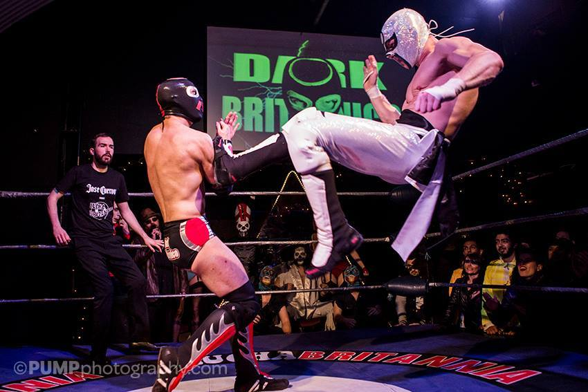 Best Winter First Dates   Mexican Wrestling