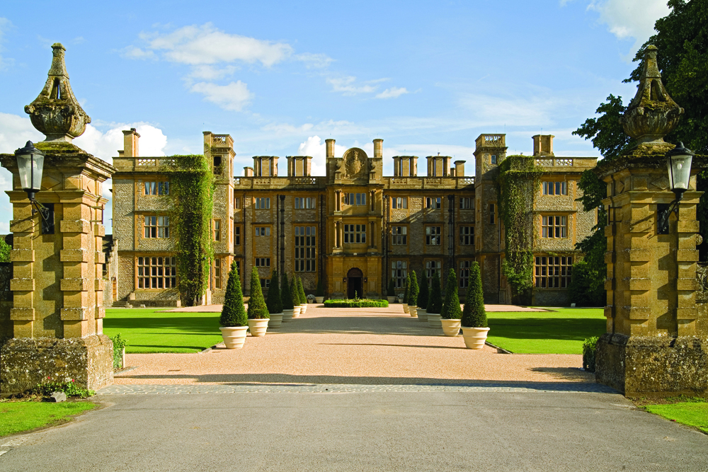 England's Best Country House Hotels | Eynsham Hall Hotel – Witney, Oxfordshire