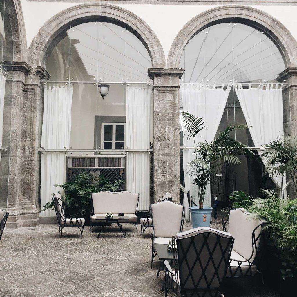 Couples Guide Naples | Sofitel