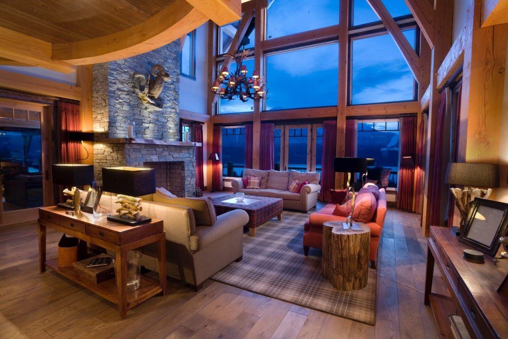 Where To Stay For The Ultimate Romantic Ski Holiday | Chalet Bighorn – Revelstoke, British Columbia