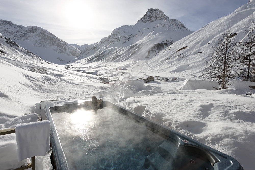 Where To Stay For The Ultimate Romantic Ski Holiday | Le Collectionist, Chalet Paltar - Val d'Isère