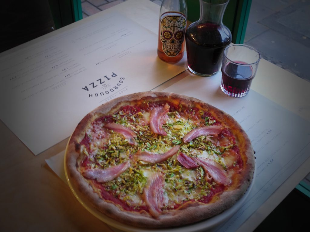 Christmas Dishes Worldwide | Pizza @ 400 Rabbits