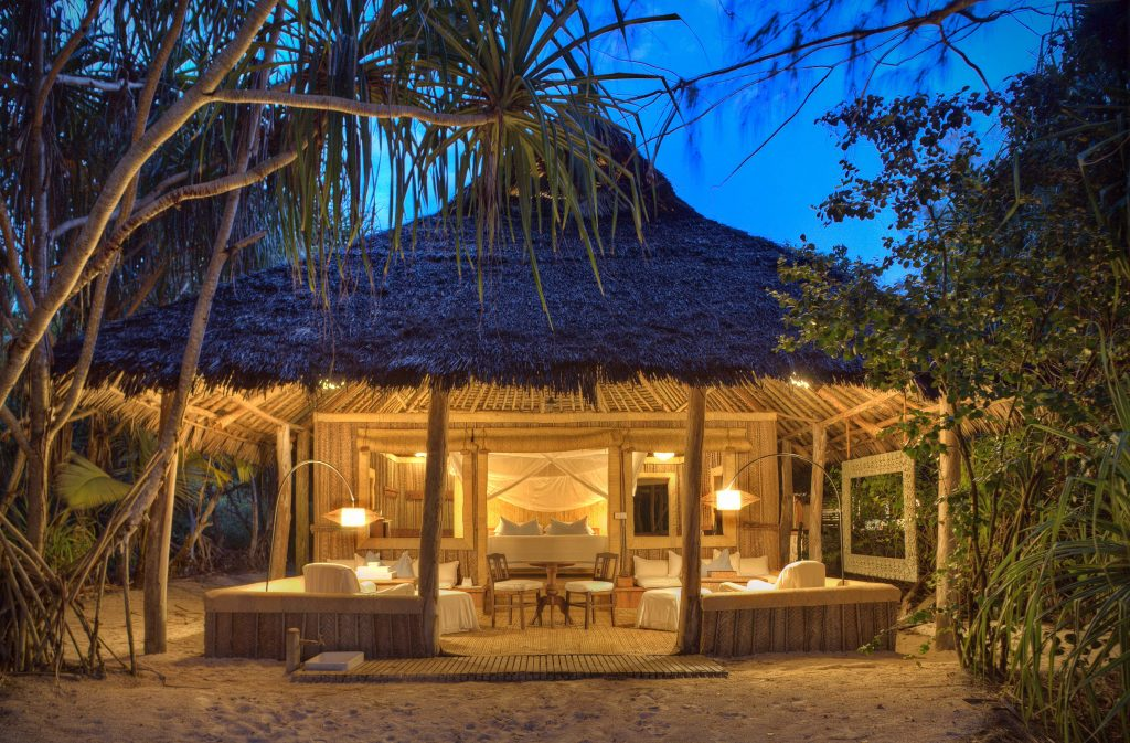 Top 12 Exclusive Private Islands Around the World | Mnemba Island – Zanzibar