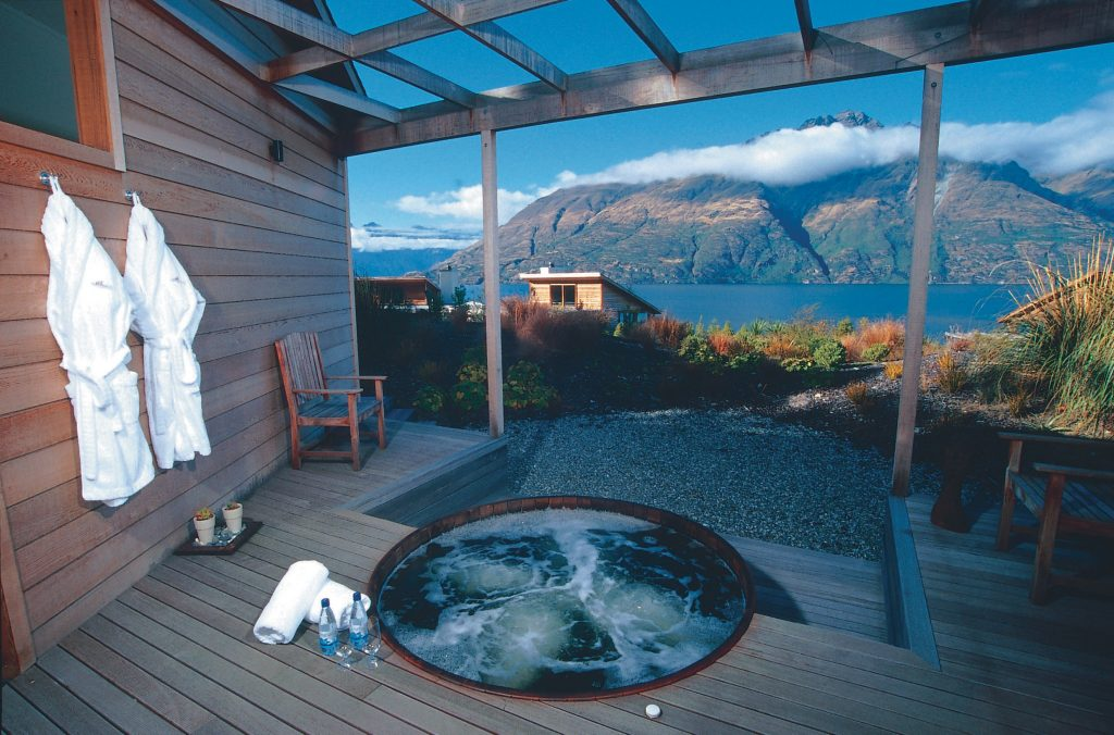 Top Romantic Valentine's Day Escapes | Romantic Seclusion On New Zealand's South Island