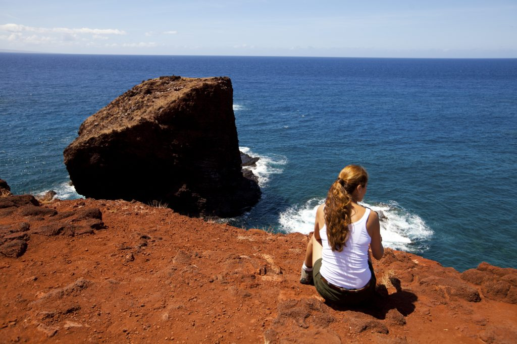 8 Must Have Romantic Experiences In Hawai'i | Take a romantic stroll to Pu'u Pehe 'Sweetheart Rock': Lāna'i