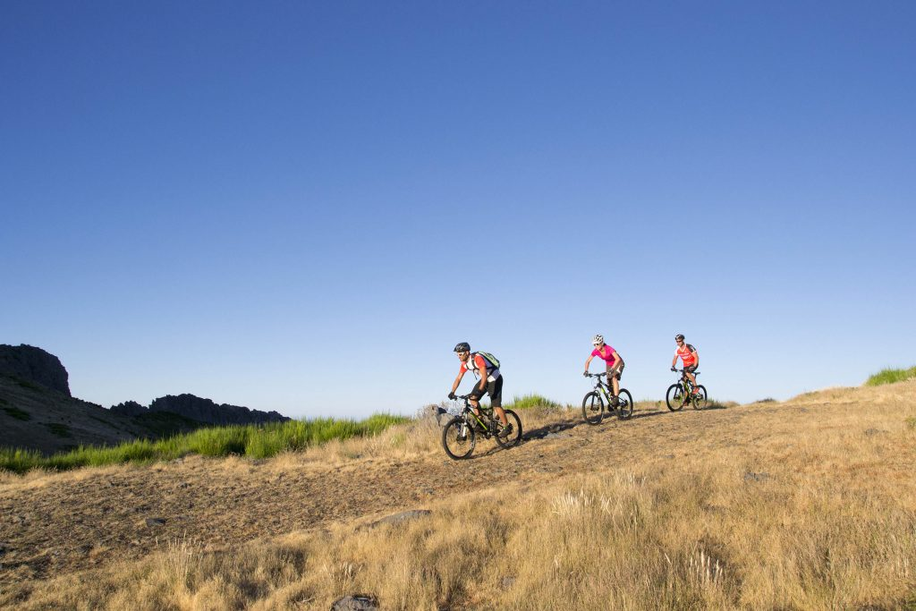 Where To Travel For The Best Active Couples Holidays | Cycling in Portugal: Galo Fusion Fitness