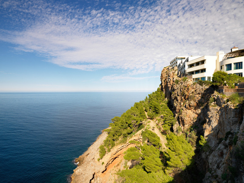 World's Most Romantic Clifftop Hotels - Jumeirah Port Soller Hotel Cliffside location