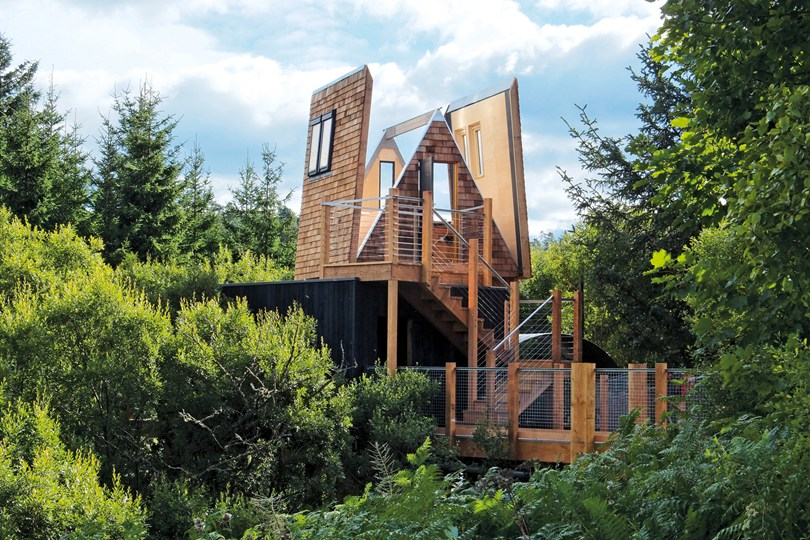 The UK's Most Romantic Treehouses | The Sky Den