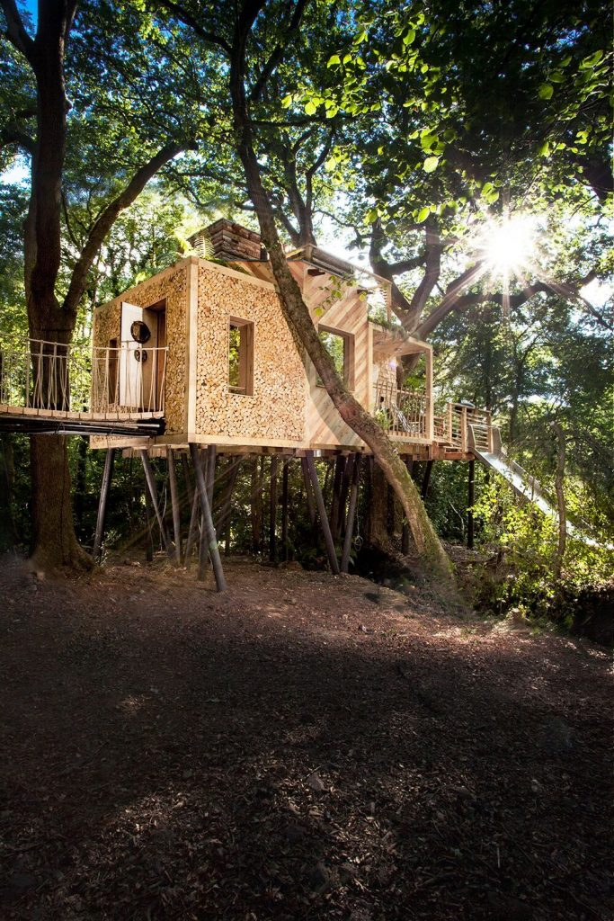 The UK's Most Romantic Treehouses | The Woodmans Treehouse