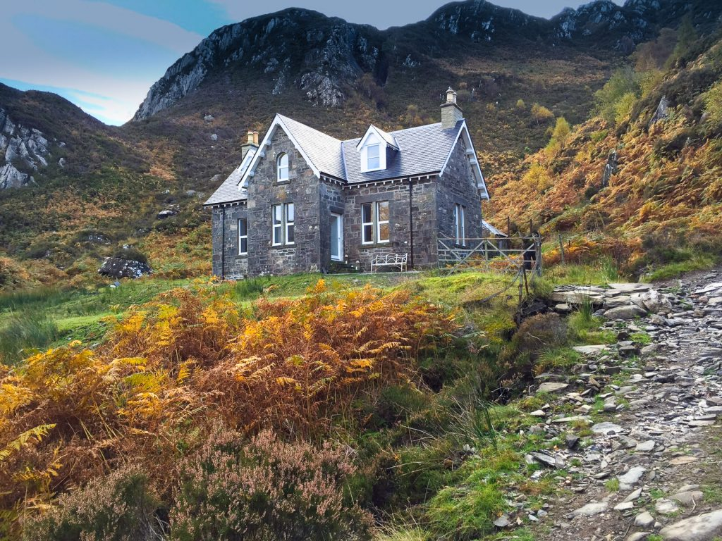 20 Unbelievable Off-the-Grid Getaways | Part II | The Real Neverland- The Old Schoolhouse conversion | eileanshona.com