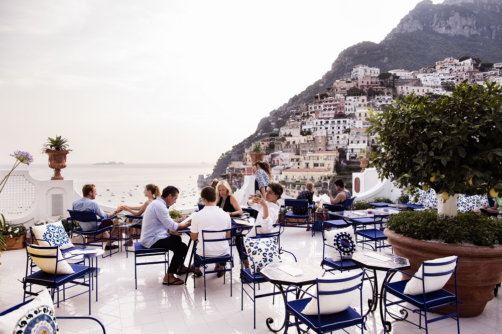 19 Of The World's Best Bars For Couples | Franco's, Le Sirenuse - Amalfi Coast, Italy