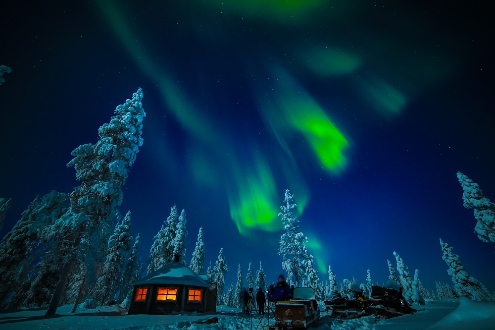 Top 10 Ways To See The Northern Lights Together | Aurora Hunting