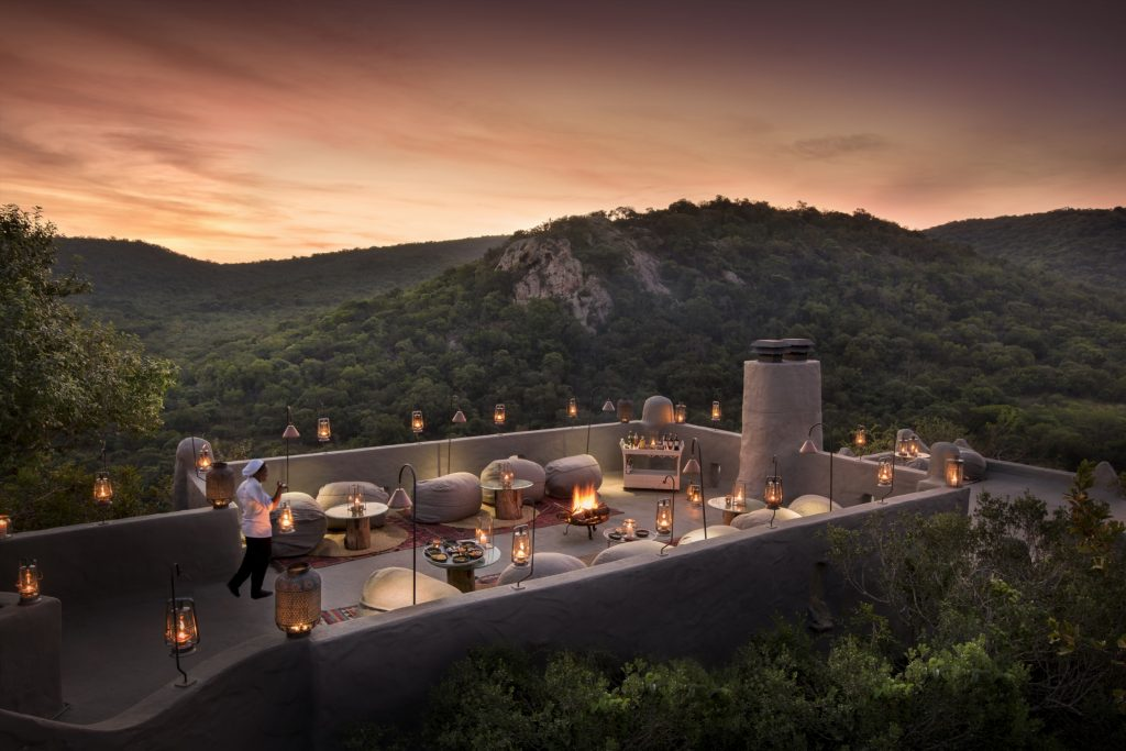 19 Of The World's Best Bars For Couples | Rooftop terrace at andBeyond Phinda Rock Lodge- KwaZulu-Natal, South Africa