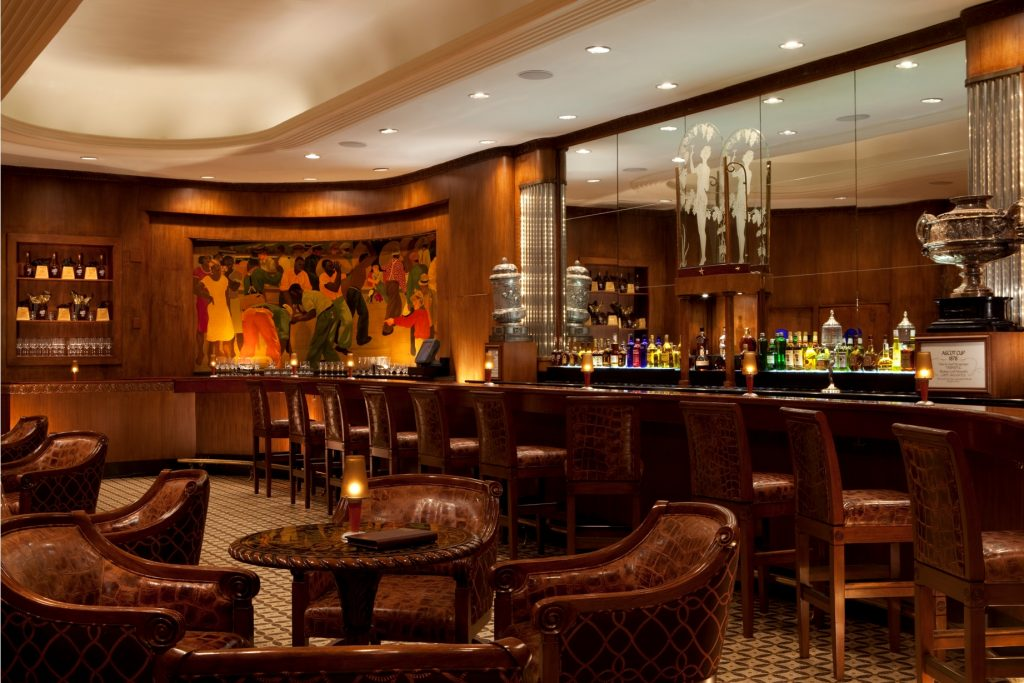 19 Of The World's Best Bars For Couples | Sazerac Bar at The Roosevelt - New Orleans, USA