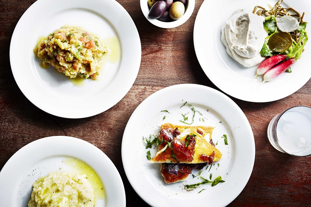 Eat At: The Greek Larder