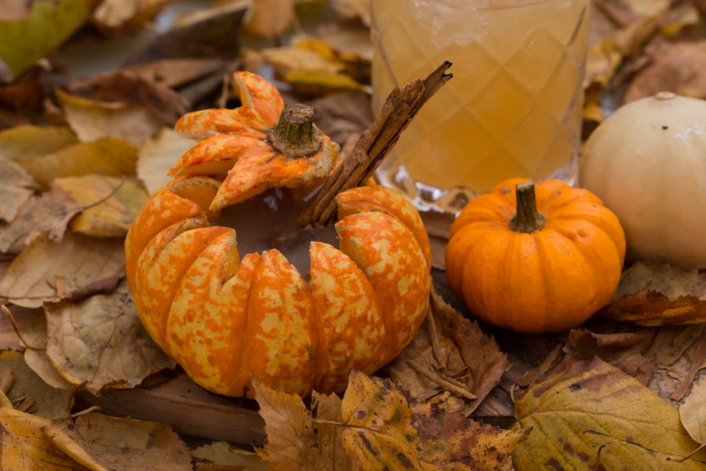 Where To Celebrate Thanksgiving In London   Raise A Glass With The Thanksgiving cocktail created by Long bar at Sanderson Hotel