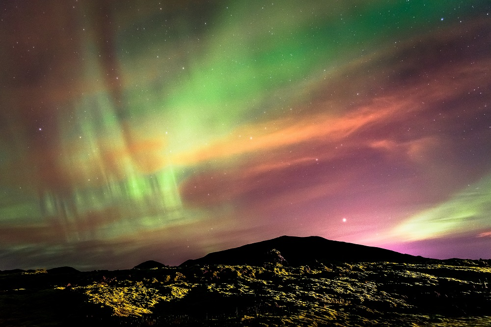 Top 10 Ways To See The Northern Lights Together | Arctic Adventure Cruise