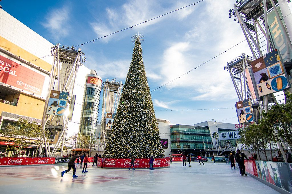Top 10 Things To Do During Christmas In Los Angeles | LA Kings Holiday Ice Rink