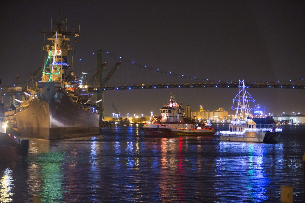 Top 10 Things To Do During Christmas In Los Angeles | Harbour Holiday Afloat Parade Credit : Port of Los Angeles