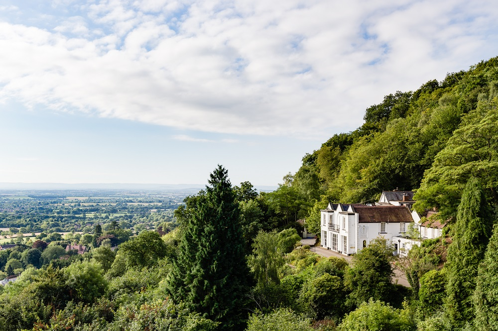 Top UK Hotels For The Ultimate Winter Proposal | The Cottage in the Woods, Worcestershire
