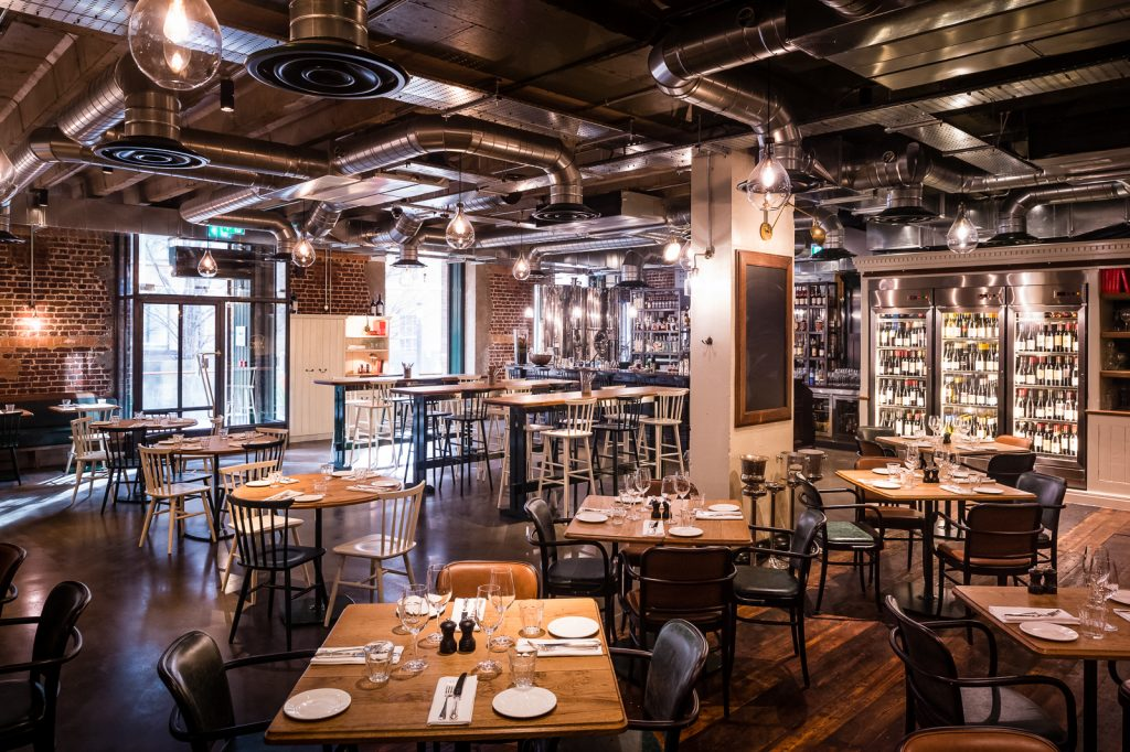 5 Best Kept Secret London Restaurants | Pitt Cue, 1 The Avenue, Devonshire Square, EC2M 4YP | Paul Winch-Furness / Photographer
