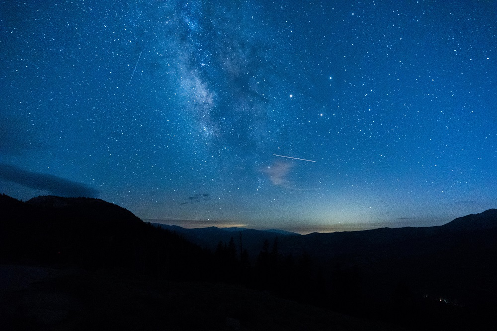 12 of the Best Stargazing Spots in the USA | Mammoth Mountain & Lakes
