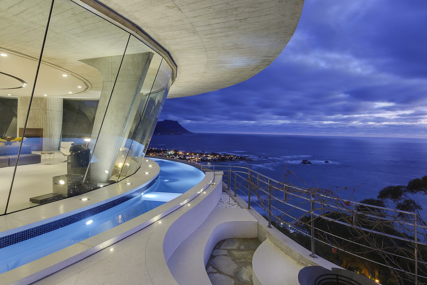 Architecturally Impressive Hotels Around The World | Pengilly House – Cape Town